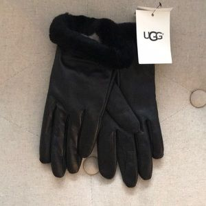 UGG Leather Winter Gloves (Small)